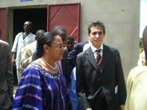 Die Landwirtschaftsministerin von Mali eröffnete am 17. Juli 2008 die Kleinmolkerei DJOM KOSSAM in Mali